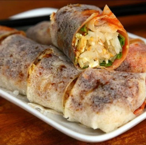 PopiaBasah Popular Malaysian Food Snack