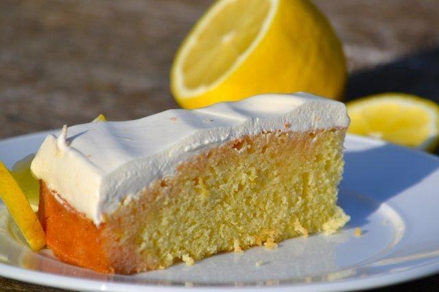 Zitronenkuchen German Desserts