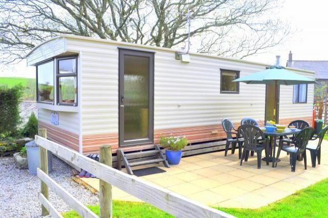 Polglaze Caravan and Farm Camping in Fowey Cornwall