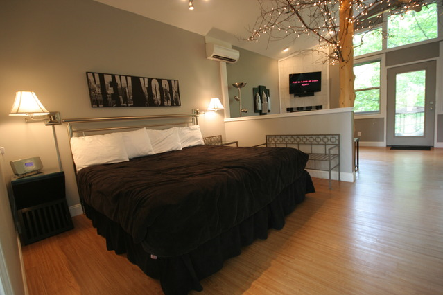 Central Park Treehouse Rental in Arkansas