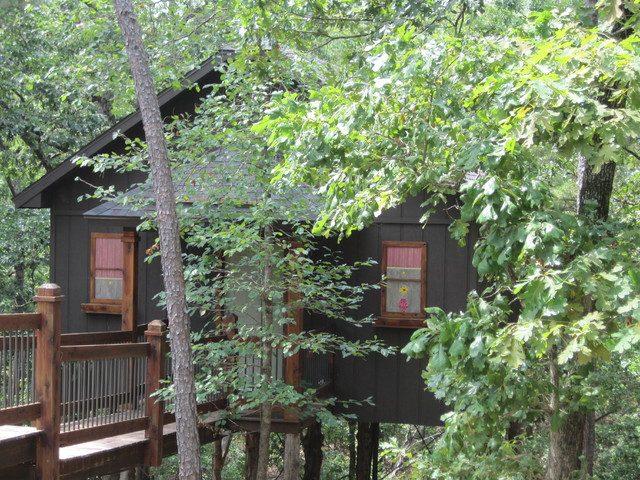 Central Park Treehouse in Arkansas