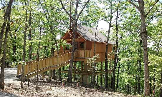Hansel and Gretel Enchanted Treehouses in Arkansas