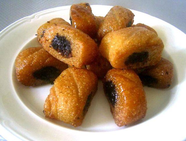 Makroudh Algerian Dessert Food