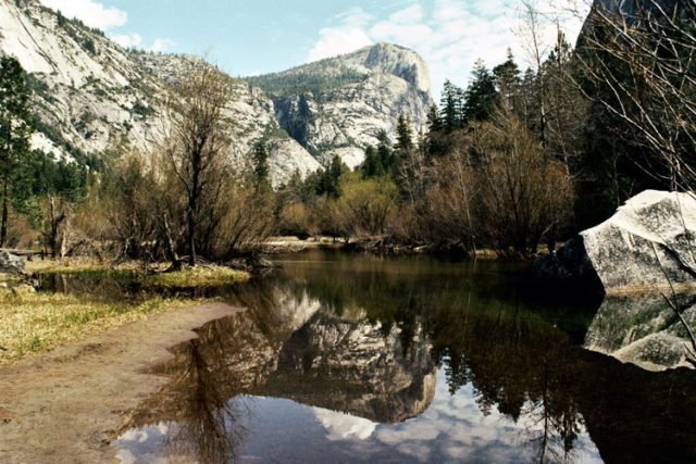 Mirror Lake & Tenaya Canyon Yosemite Hiking Trail CA