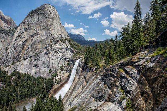 Mist Trail Vernal Yosemite Hiking Trail Nevada Falls