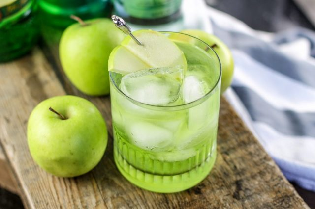 Apple Cocktail Best Irish Drinks