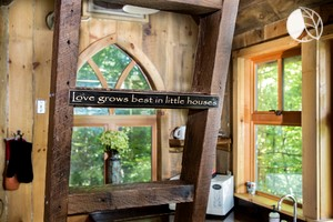 Luxury Tree House Paradise Ohio Tree House