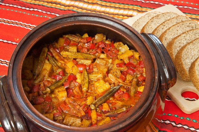 Turli Tava Macedonian Food