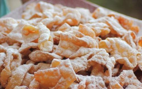 Chruściki Polish Dessert