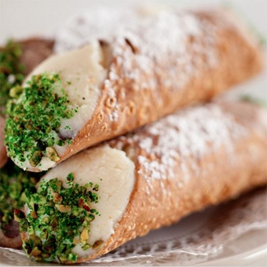 Cannoli New Orleans Dessert
