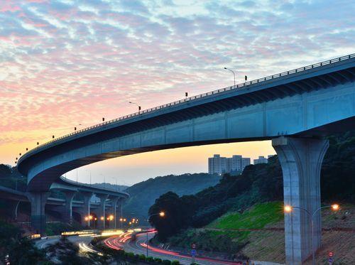 Changhua–Kaohsiung Viaduct Longest Bridge in the World