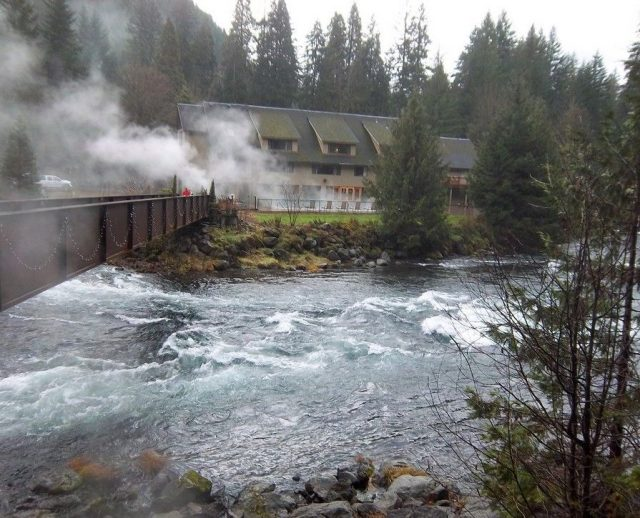 Belknap Hot Springs in Oregon