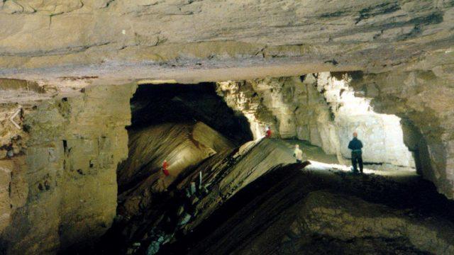 Hidden River Cave to Visit in Kentucky