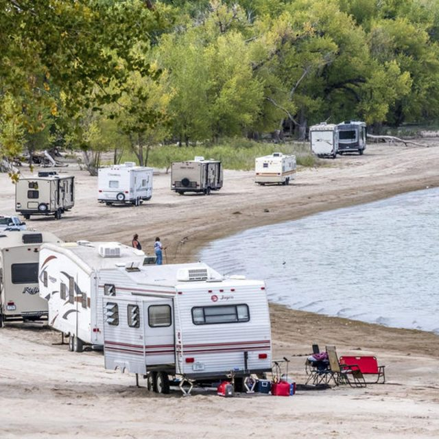 Lake Minatare State Recreation Area Campground in Nebraska