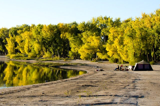 Lake Minatare State Recreation Area Camping in Nebraska