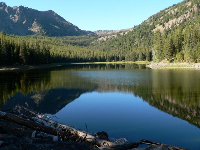 Best Strawberry Lakes in Oregon