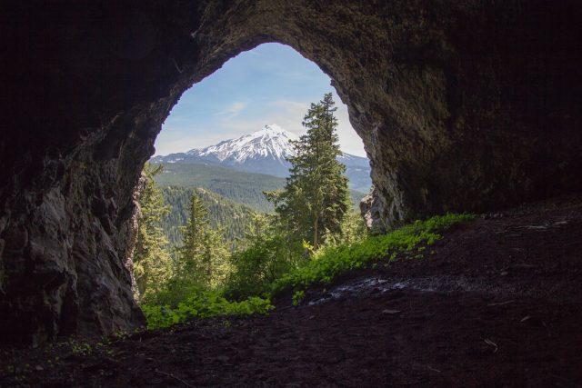 Boca Caves in Oregon