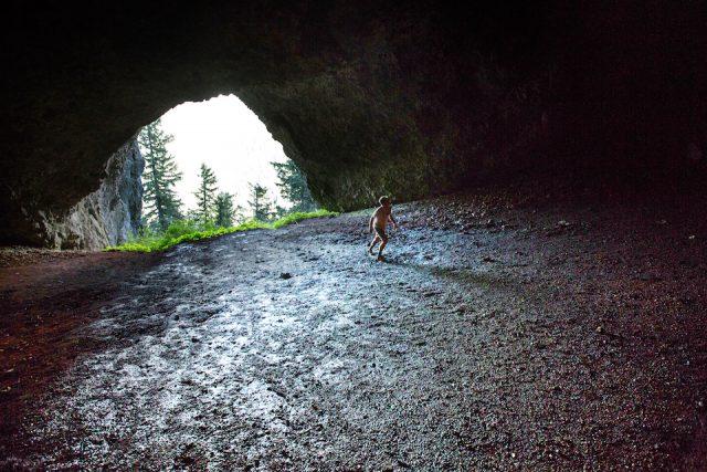 Boca Caves to Explore in Oregon