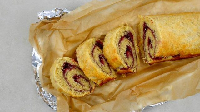 Jam Roly-Poly Popular British Dessert