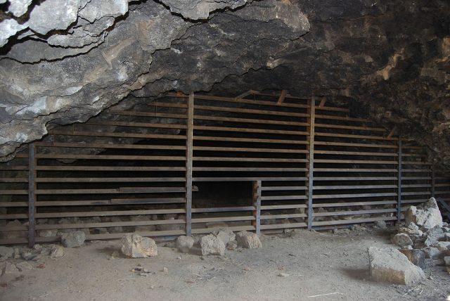 Skeleton Caves in Oregon