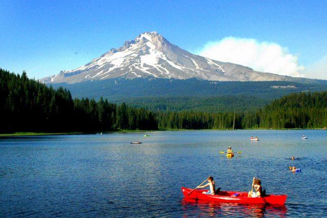 Trillium Lakes in Northern Oregon