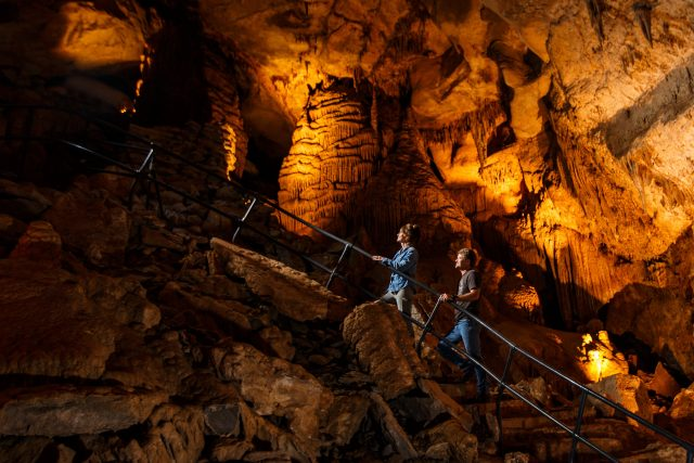 Cumberland Caverns to Visit in Tennessee