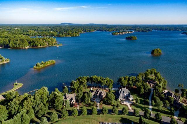 Lakes in North Carolina