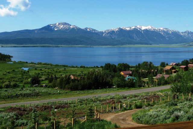Henry's Lake in Eastern Idaho