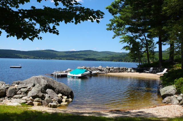 Pleasant Lake in New Hampshire