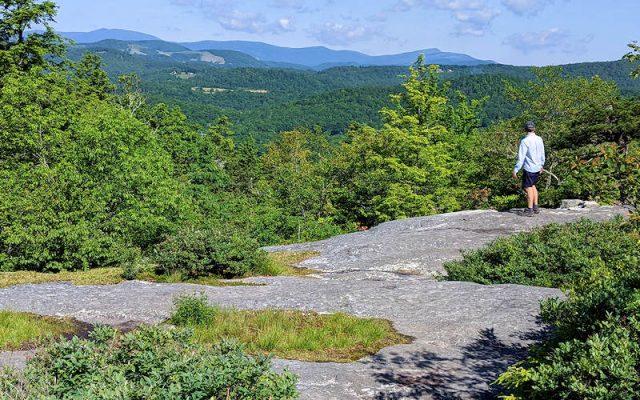 Flat Rock Loop Trail in Northern North Carolina